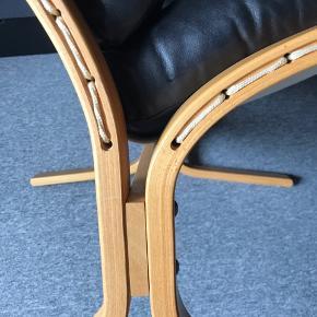 Flot Siesta lux model . Røgfrit hjem . Rigtig god sidde comfort. Sæde og ryg er ikke faldet sammen.