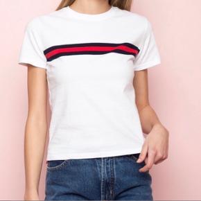 Brandy Melville t-shirt  Bytter gerne  Byd