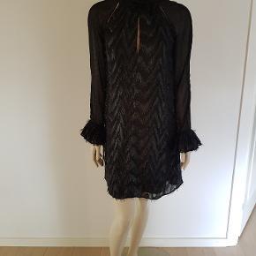 Stine Goya Tara Dress.  Rigtig fin kjole. Aldrig brugt.  Ny pris 2.195 kr.