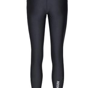 H2O Fagerholt leggings. Brugt enkelte gange - derfor som nye. Nypris 999kr.
