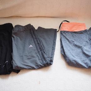 Adidas bukserne er str. M, men passes af str. L. Går ned over knæet. Sælges samlet