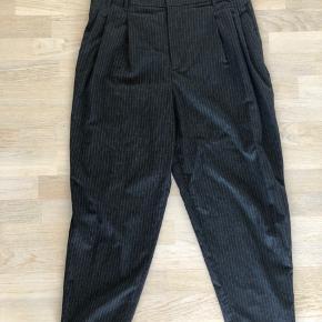 Højtaljede baggy bukser fra Zara