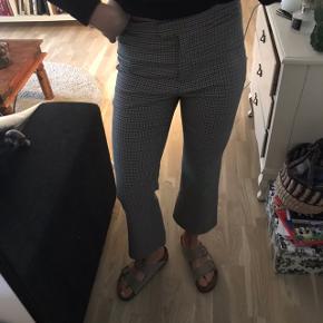 Flotteste ternede bukser med let flare