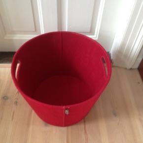Aduru filt kurv til opbevaring.  H 30 Ø 44 cm.