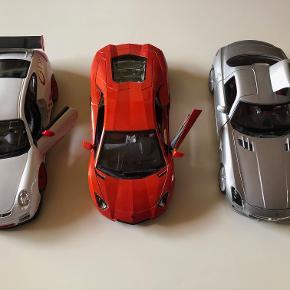 Modelbiler 1:18 sælges:  Mercedes-Benz SLS AMG - Maisto Lamborghini Aventador - Burago Porsche 911 GT3 RS - Burago  Prisidé dkk 150,00 - kom gerne med et seriøst bud :-) Købspris dkk 750,00