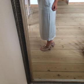 Sandaler Farve: Beige