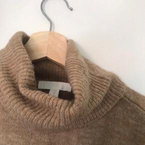 Trøjen er prøvet på, men er ikke brugt da den er for stor. Super dejlig og blød, perfekt til sommeraftener