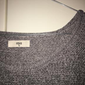 Gråmeleret sweater fra Envii i str M