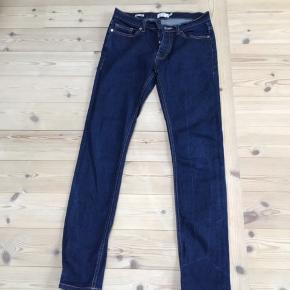 Nye jeans livvidde 76 fra Topman