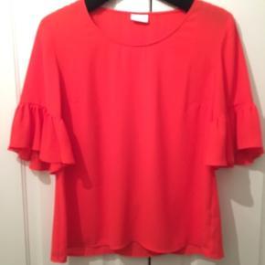 Smuk bluse i orange rød