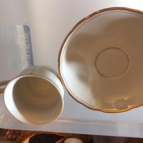 Fire kopper og underkopper
