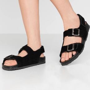 Bianco sandaler