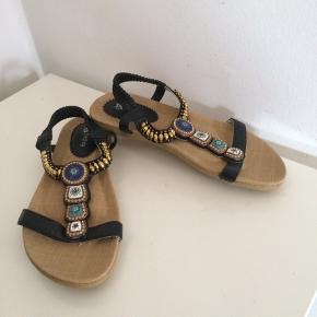 Nye sandaler str. 39