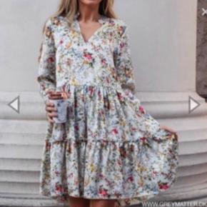 Så smuk kjole. Brugt 1 enkel gang
