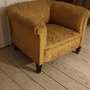 Min dejlige lænestol som er super behagelig at sidde i, skal ha et nyt hjem da vi ikke har plads mere
