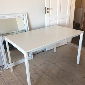 IKEA spisebord Afhentning i Aarhus C