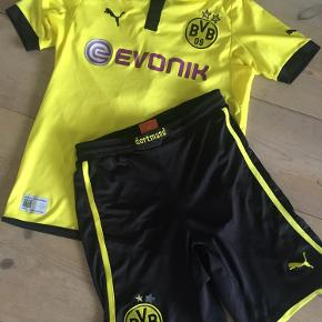 Fed fodboldtrøje 'Dortmund' + shorts