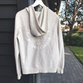 Victoria Secret hoodie / ny / 250 er mp / bytter ikke!