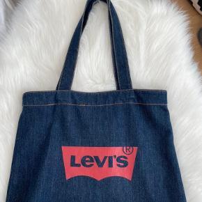Levi's skuldertaske