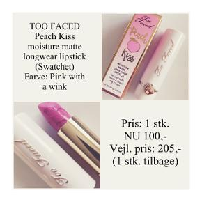 Brand: Too Faced Varetype: Lipstick Farve: Pink with a wink  Kun swatchet - stadig i æske ☀️