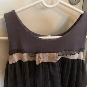 Så fin kjole i str 146/152