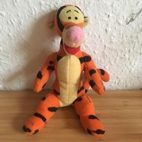 Tigerdyret bamse Peter plys - fast pris -køb 4 annoncer og den billigste er gratis - kan afhentes på Mimersgade 111 - sender gerne hvis du betaler Porto - mødes ikke andre steder - bytter ikke