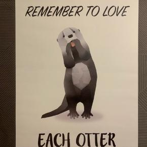 Denne plakat har altid været i ramme, og er derfor i god stand. Den måler 30*40 cm, og og har en hvid baggrund. Plakaten kommer uden ramme, og evt. forsendelse er på købers regning :-)