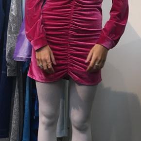 Så fed velour kjole!