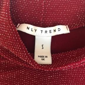Trøjen er så god som ny, den er brugt en gang til juleaften👚 50kr