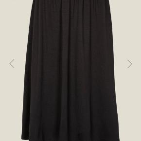 Basic Apparel nederdel