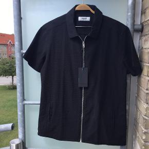 Super flot skjorte med lommer..👔👔👔