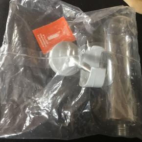 Stor drikkeflaske til marsvin i plast. Aldrig brugt stadig i pakke.