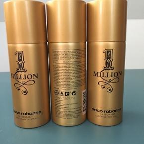 3 Paco Rabanne One Million, spray 150 ml deodorant. Åbnet og brugt en smule. Hvertfald 100 ml tilbage i hver, og 350 ml tilsammen. Sælges samlet til 200kr. Nypris: ca. 190kr pr. styk = 570kr i alt