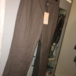 Custommade bukser  Størrelse 38/M Aldrig brugt