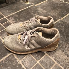 Super fine Adidas Sneakers, brugt ca 10 gange 44 1/3