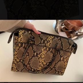 Rosemunde håndtaske