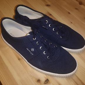 Gant sko med sål i marmor-agtigt design. Brugt tre gange.
