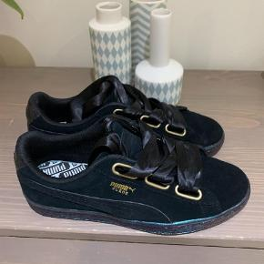 9b599607ba9 Sneakers