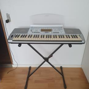 A used, fine student instrument that served me well, but because of moving to another place, it needs to be sold :)
