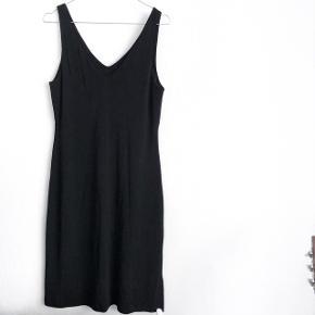 Ralph Lauren sexede kjole i sort   størrelse: M   pris: 250kr   fragt: 37 kr