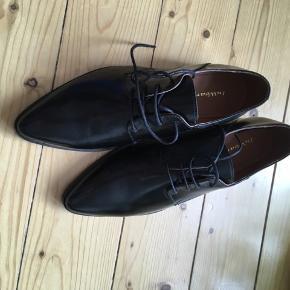 Smukkeste sko - aldrig brugt.