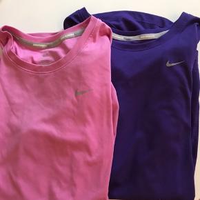 Super fine Nike sports t shirts. Den lilla er str small. Den lyserøde er str xs   Sælges samlet for 250kr  Pr. Stk 150