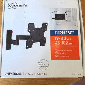 Uåbnet Vogels vægbeslag der kan dreje og tilte. Har kvitteringen og der er livstisgaranti hos Vogels.