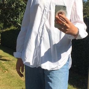 info: jeg er 174 cm høj og fitter normalt en str. s/m  send en besked for flere billeder:)