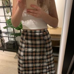 Super sød lang nederdel fra asos