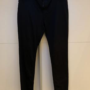 Lækre bukser med masser af strech str 46/30