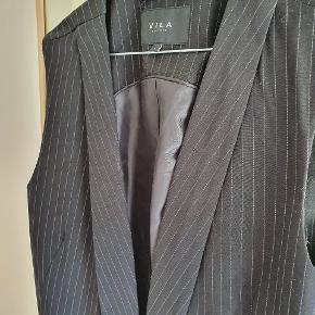 Sort nålestribet blazervest 🌸 Passer str. M-L 🌸
