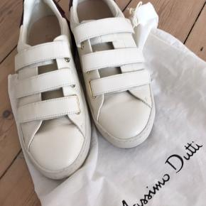 Completely new Massimo Dutti sneakers! 💫