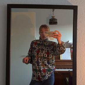 Virkeligt fedt vintage bluse !!  Giver gerne mængderabat :)  #30dayssellout