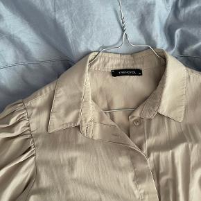 Trendyol skjorte